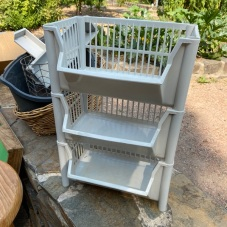 tiered_basket